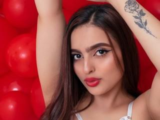 Nicole_Lang